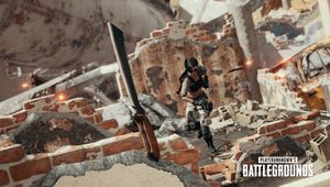 PUBG screenshot showing a melee weapon throw