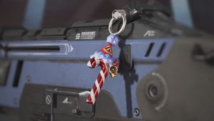 Apex Legends, new Charm hanging ona rifle