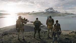 Ghost Recon: Breakpoint screenshot showing four soliders on a cliff