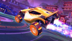 Rocket League vehicle sporting Fortune Wheels