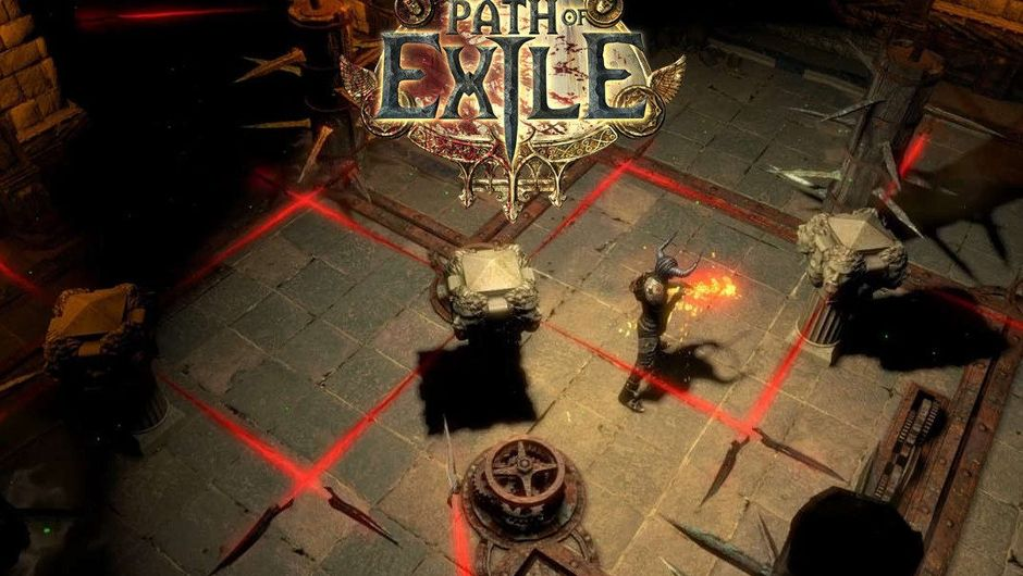 Player crawling a dungeon in Path of Exile.