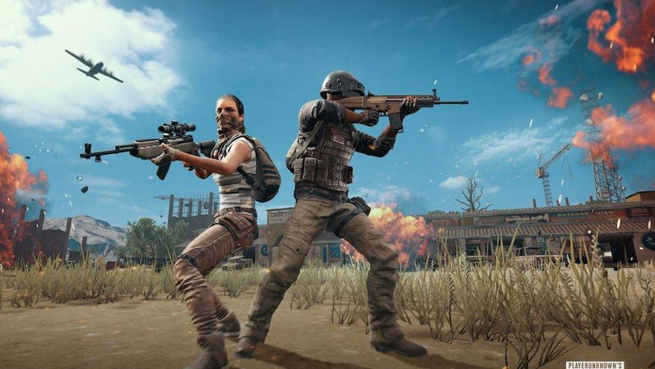 picture showing players wearing backpacks in PUBG game