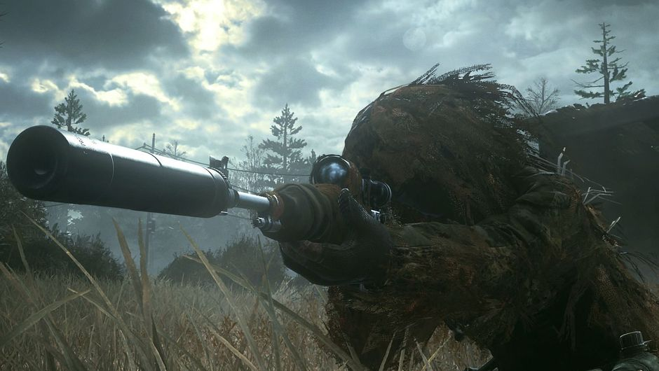 Picture of a soldier in ghillie suit from Call of Duty