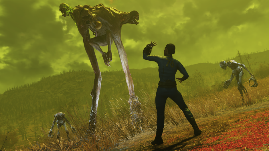 Mutated monster attacking a Fallout 76 character