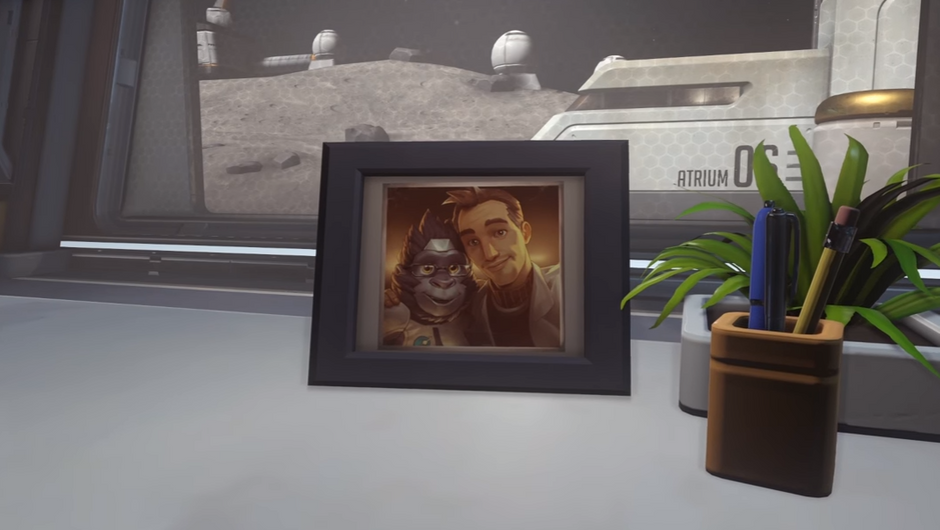 A photo of Winston and Dr Harold at the Horizon Lunar Colony