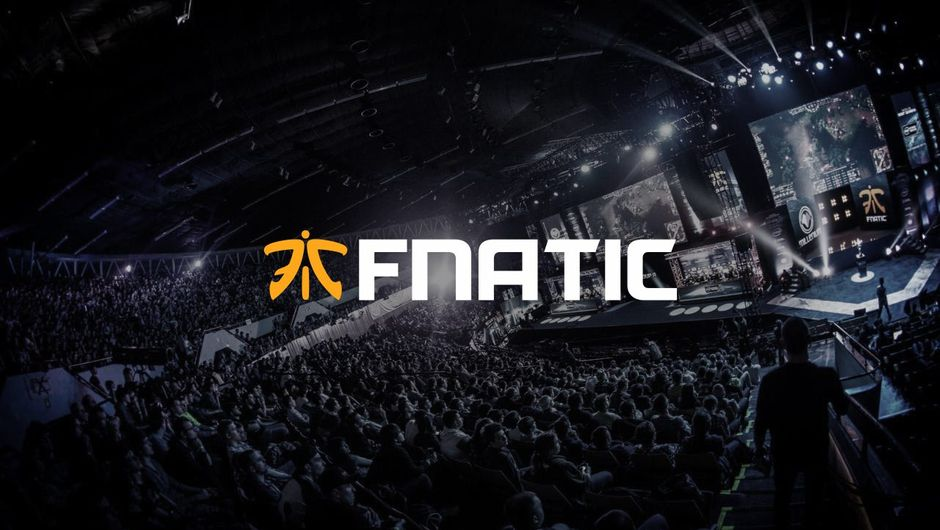 Picture of Fnatic logo with a venue in the background