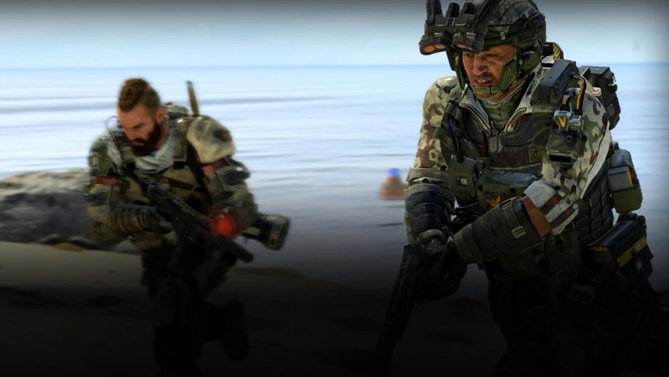 Two armed soldiers running on the beach in Call of Duty: Black Ops 4