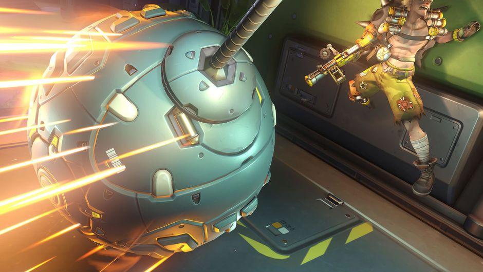 Overwatch hero Hammond attacking a stunned Junkrat