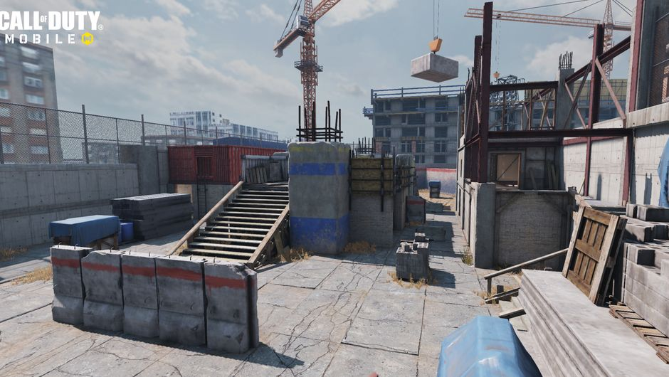 Call of Duty: Mobile screenshot showing cage map