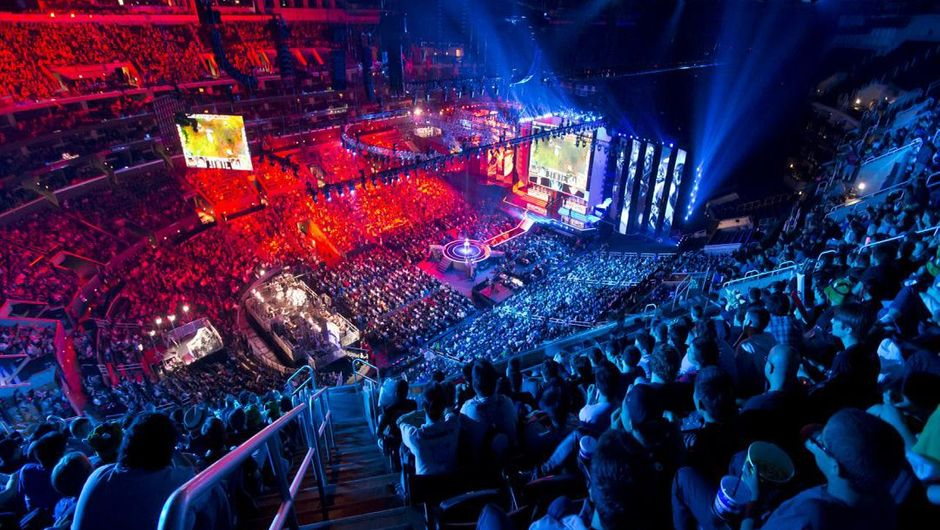 League of Legends  tournament crowd has filled an arena