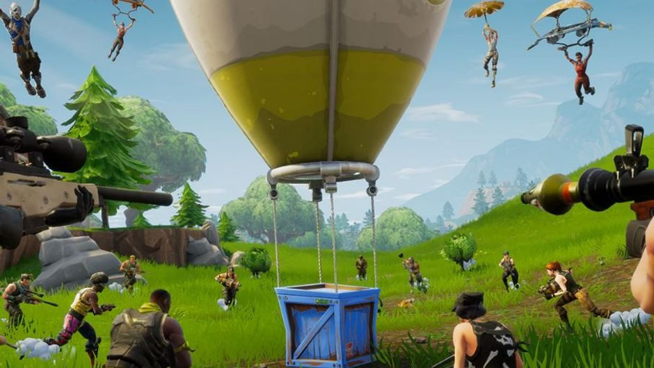 Picture of a bunch of dummies in Fortnite rushing toward an air drop
