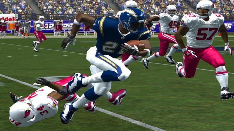 Screenshot of a quarterback making a run.