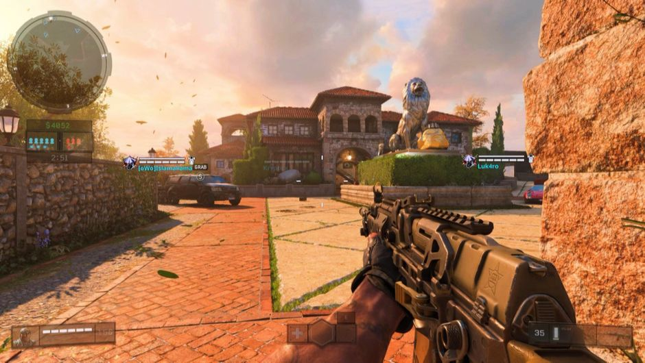 Screenshot of an estate in Call of Duty: Black Ops 4