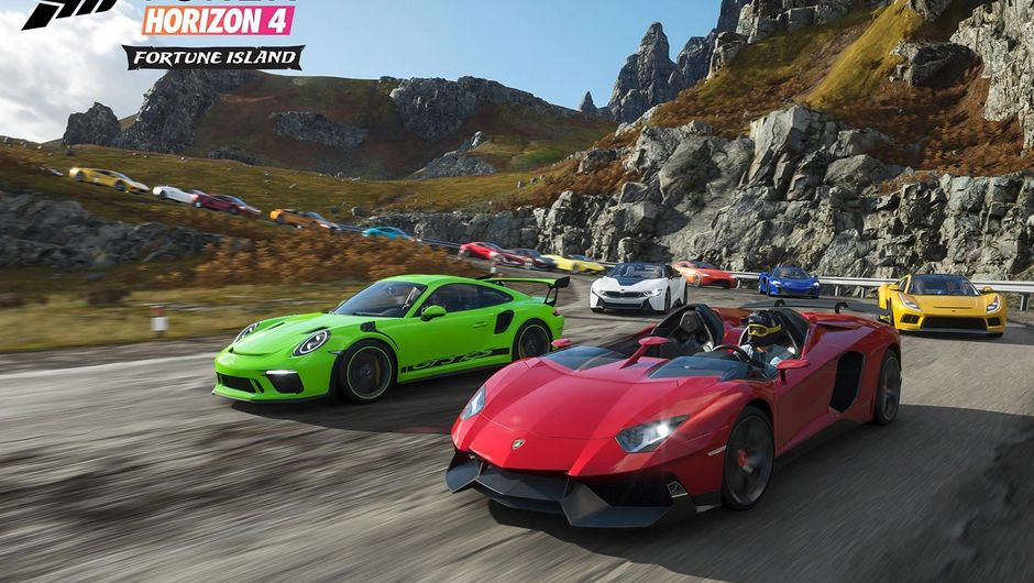 Cars racing on tarmac in Forza Horizon 4