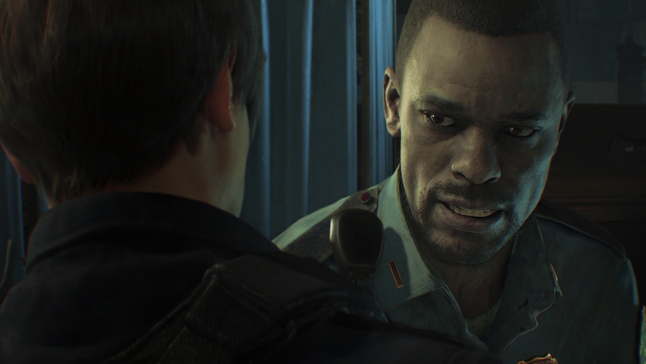 Leon talking to a fellow officer