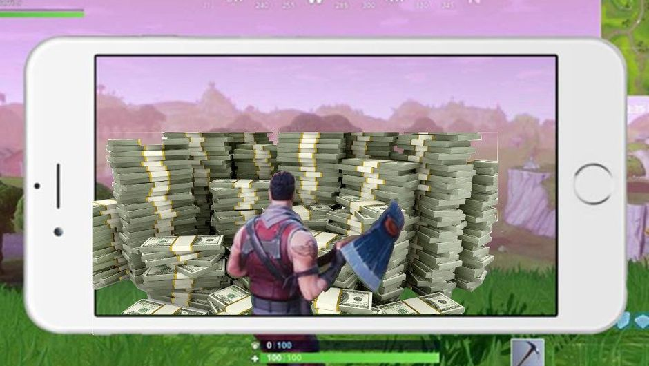 Fortnite character standing in a smartphone looking at a pile of money.