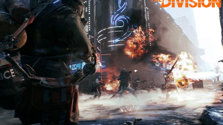 Promotional image for The Division showing people shooting each other in New York