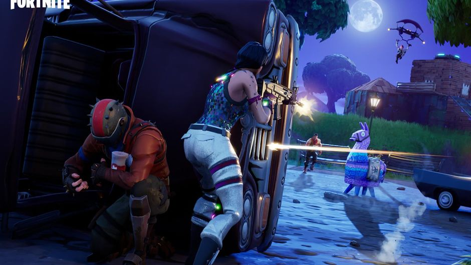 Depiction of a night battle in Fortnite: Battle Royale