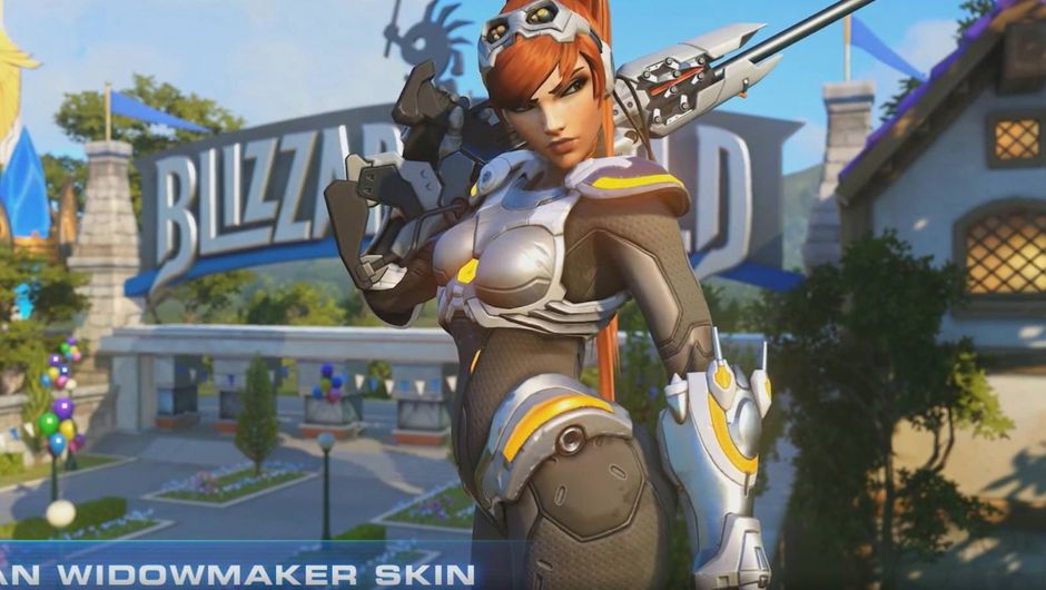 Widowmaker as Sarah Kerrigan from StarCraft stands in front of Blizzard World