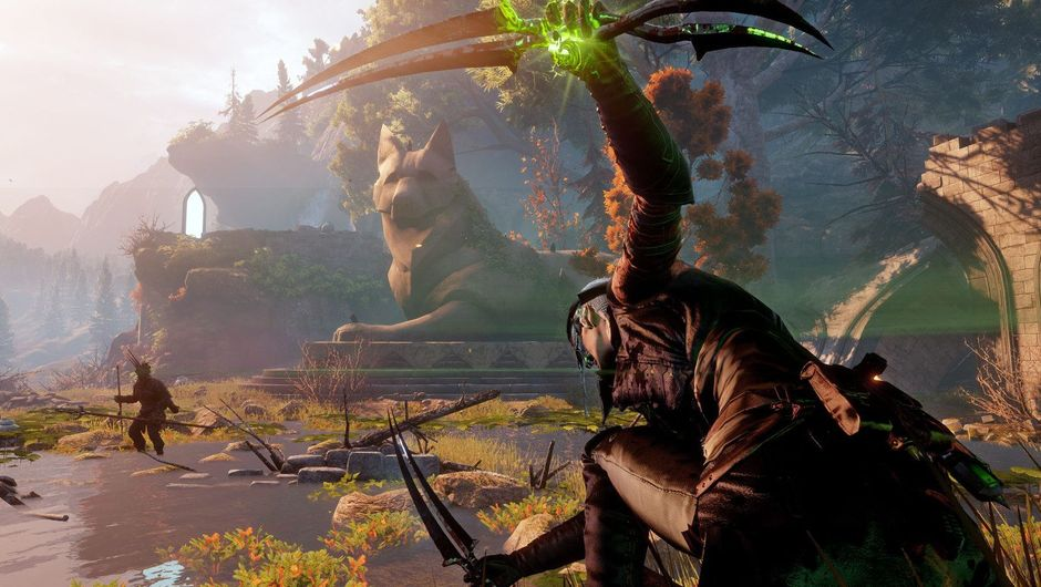 A rogue player is trying too look cool in some weird pose in Dragon Age Inquisition