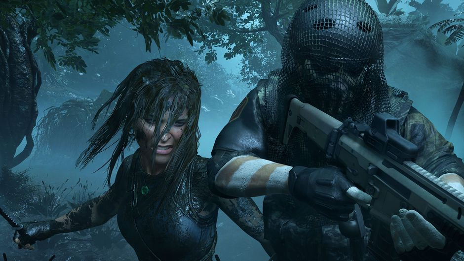 Lara Croft atacking a soldier from behind in Shadow of the Tomb Raider