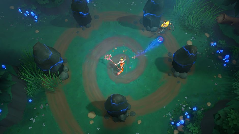 A top down view of a Battlerite Royale champions fighting