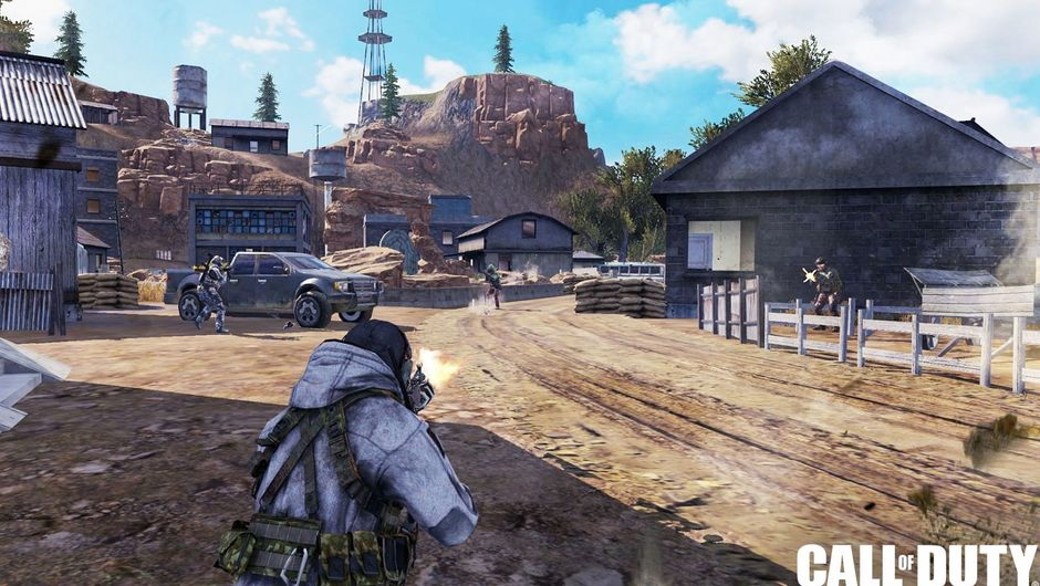 call of duty mobile screenshot showing a solider firing his weapon