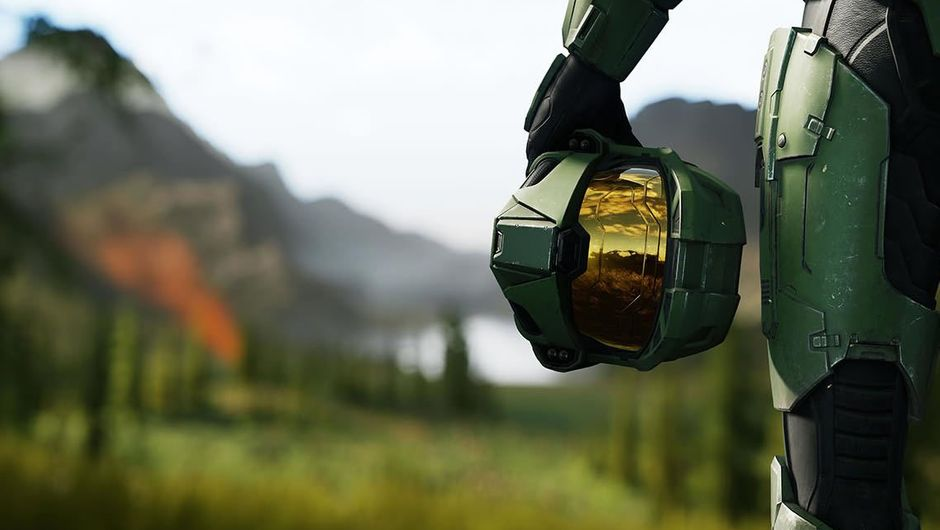 Screenshot from Halo Infinite, showing Master Chief's mask
